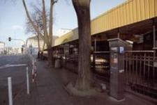 Ul. Targowa : parking płatny przy Hali Targowej [Fotografia]