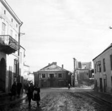 [Nieistniejące kamienice przy skrzyżowaniu ulic Mickiewicza i Joselewicza] [Fotografia]