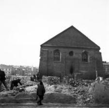 Widok Od Ul Gałęzowskiego Na ścianę Wschodnią Synagogi