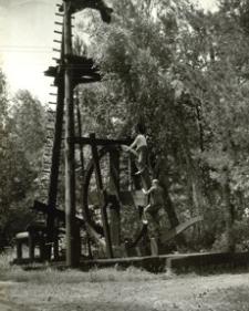 [Bóbrka pow. krośnieński. Muzeum Przemysłu Naftowego i Gazowniczego im. Ignacego Łukasiewicza] [Fotografia]