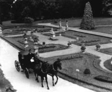 [Muzeum-Zamek w Łańcucie. Ogród Włoski] [Fotografia]